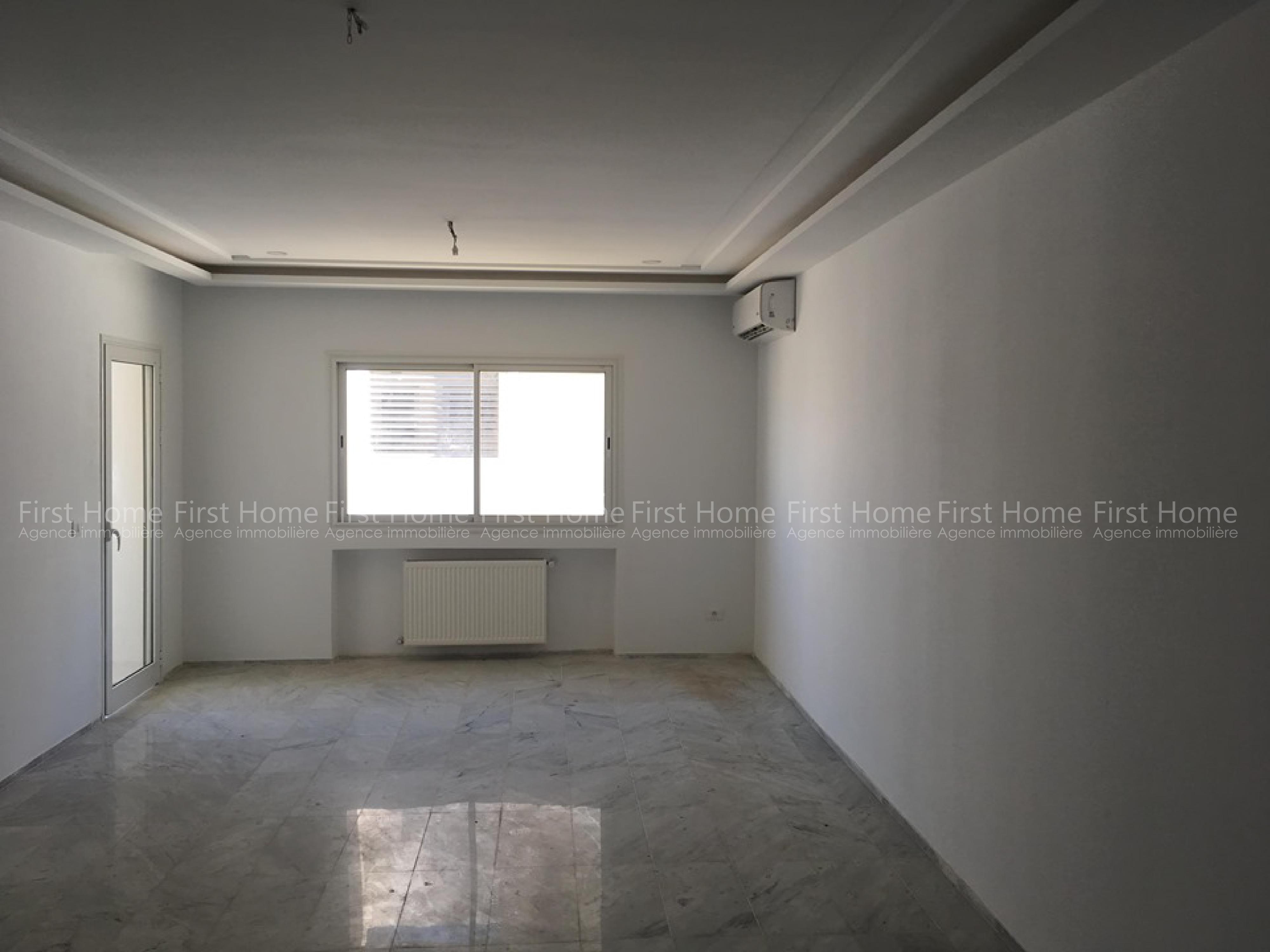 Un magnifique appartement S+3 à louer à la Soukra