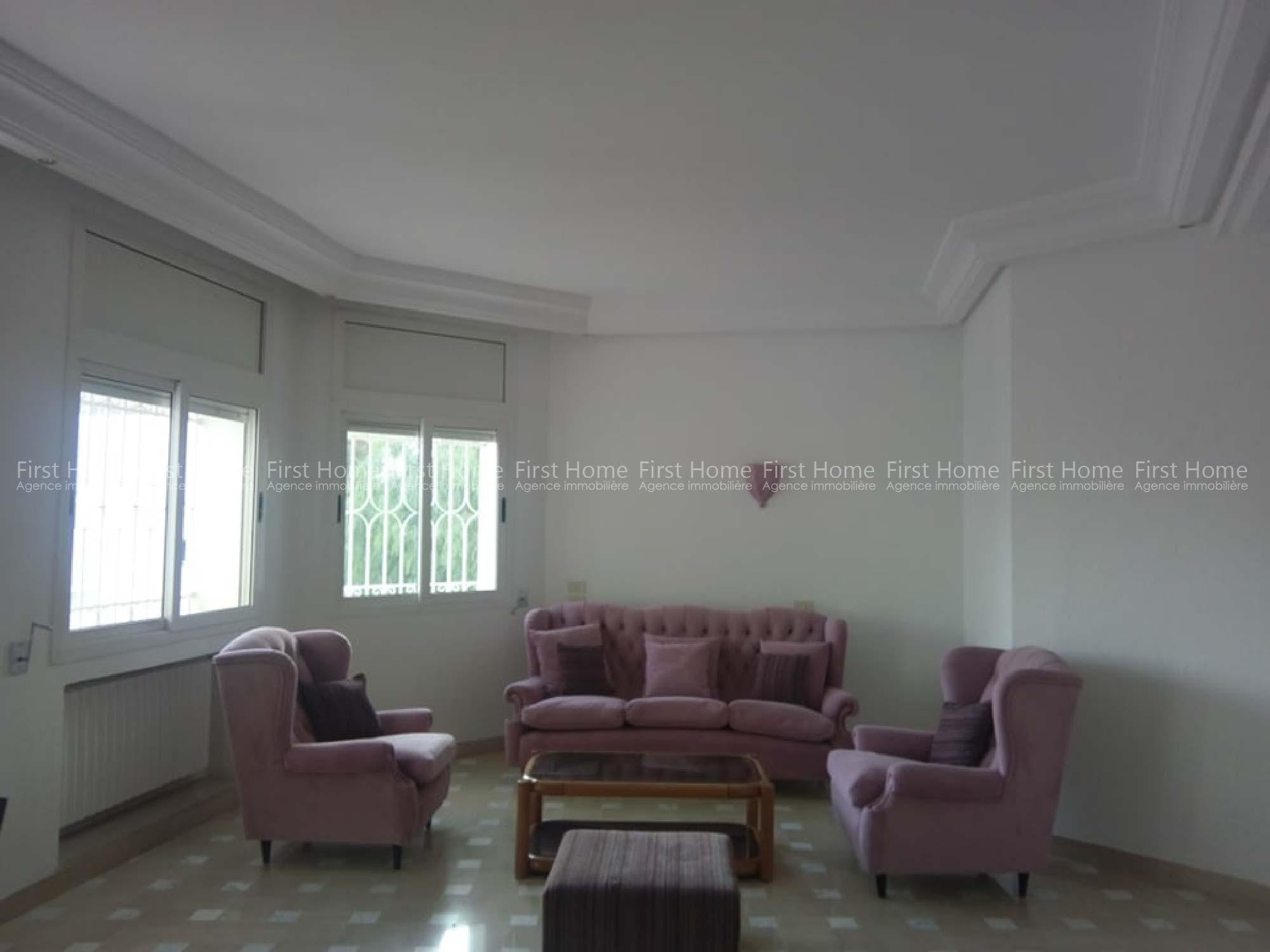 A louer un étage de villa meublé  à Menzah 9