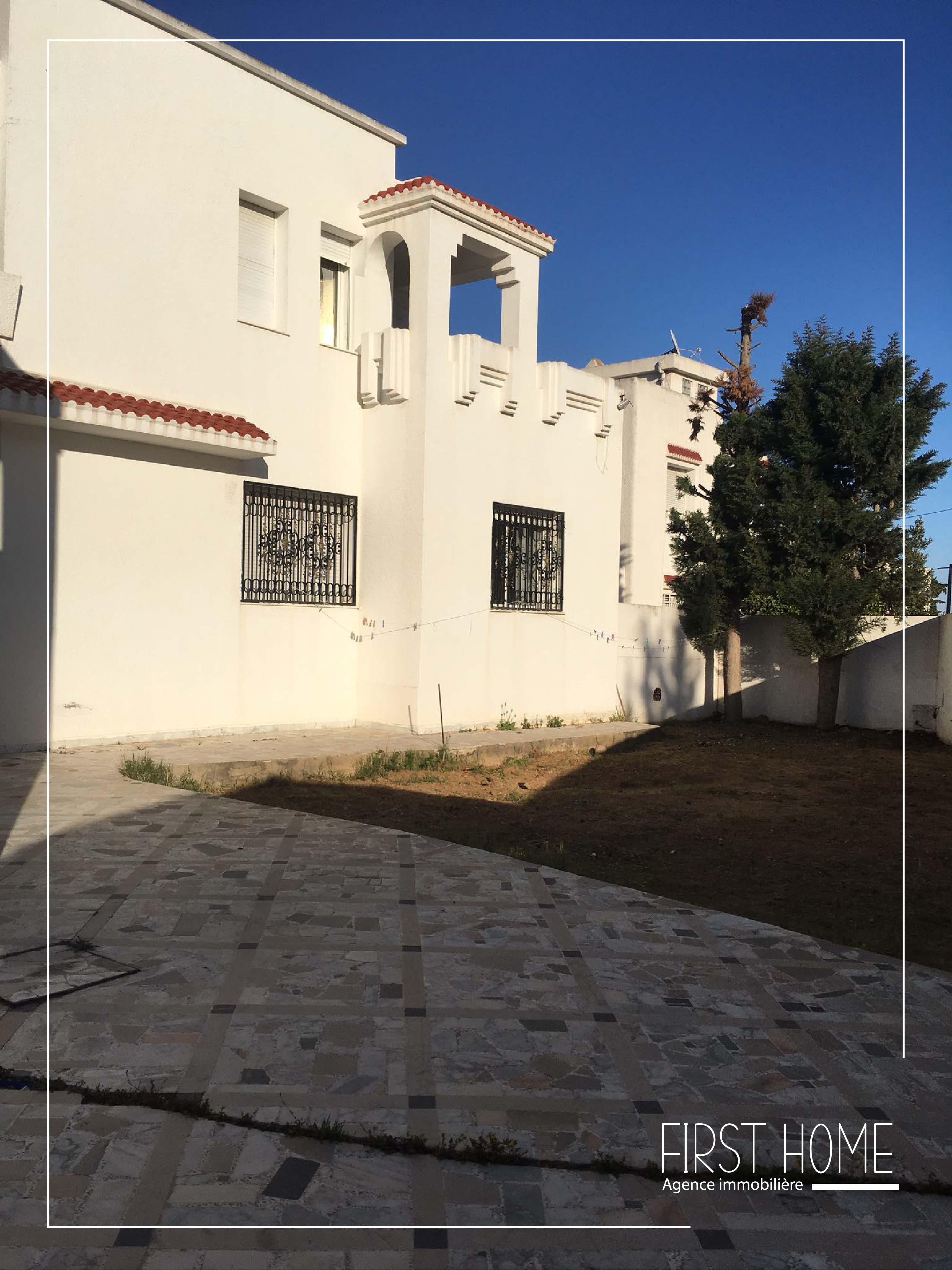 A vendre une villa à El Menzah 8
